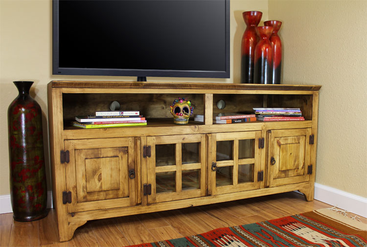 Rustic Pine Collection - Gregorio TV Stand - COM
