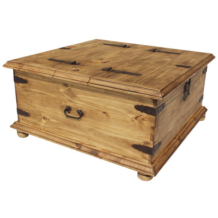 Rustic pine collection trunk coffee table cen09 for Mexican style coffee table