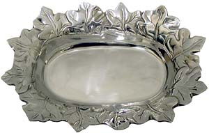 Maple Leaf Serving Bowl