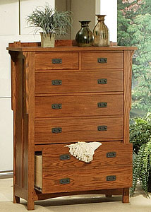 Heartland OakSix-Drawer Chest