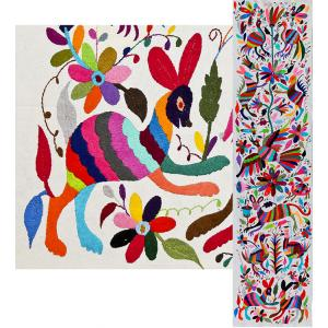 Animals & FlowersFino Quality Otomi Runner