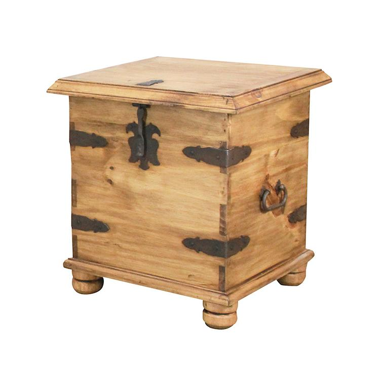 Rustic Pine End Table Trunk Product Photo