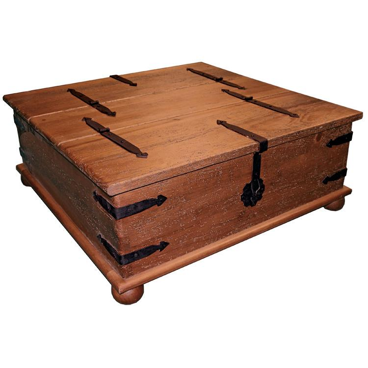 Mexican Trunk Coffee Table: Herrajes Trunk