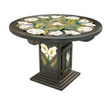 Round Calla Lily Dining Table